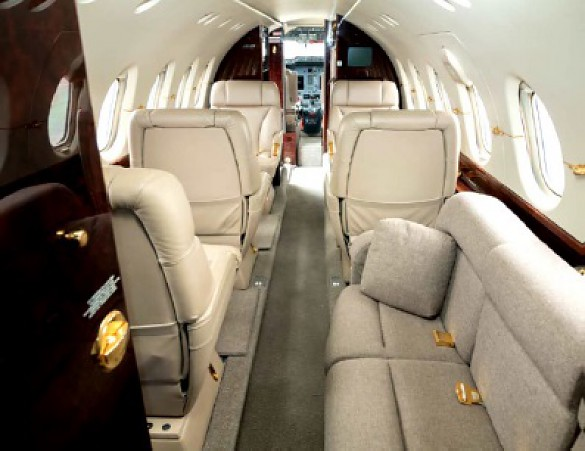 2003 HAWKER BEECHCRAFT Hawker 800 800 XP